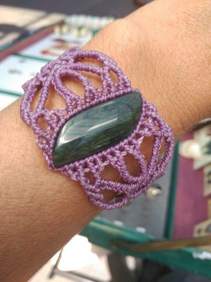 Obsidian Macrame Bracelet Purple. handmade bracelet. macrame bracelet. Obsidian bracelet. One-of-a-kind. Artisan jewelry. Boho jewelry