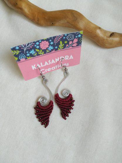 red garnet macrame earrings in spiral handmade aluminum design. kalasandra earrings. Bohochick. Gipsy style. Artisan jewelry