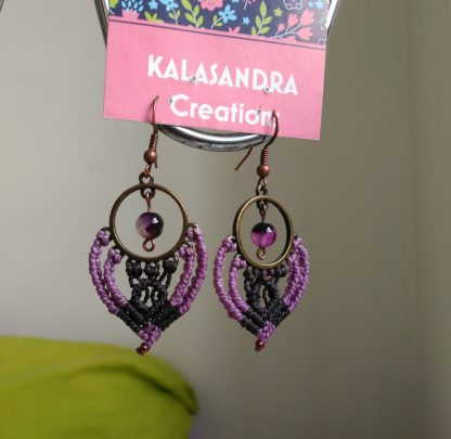 Amethyst purple macrame earrings. Amethyst earrings. Artisan jewelry. Bohochick. Gipsy style