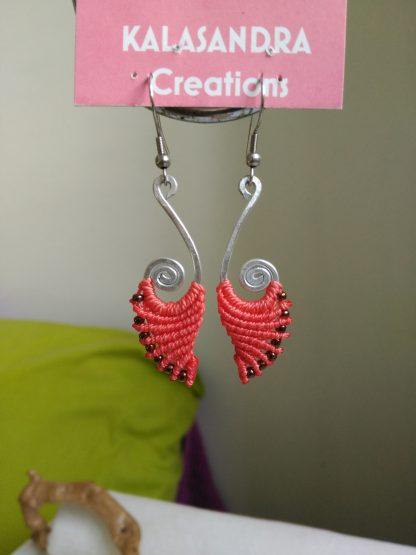coral macrame earrings. Bohochick. Aluminum wire design. Bohemian earrings. Artisan jewelry