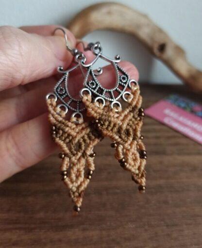 macrame earrings. kalasandra earrings. zamak earrings. earthy colors macrame earrings. handmade. artisan earrings. celtic jewelry