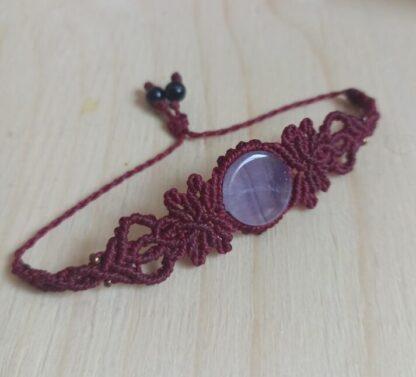 Amethyst Macrame Bracelet in RED GARNET color. Macrame bracelet. Amethyst bracelet. Handmade. Artisan, unique bracelet
