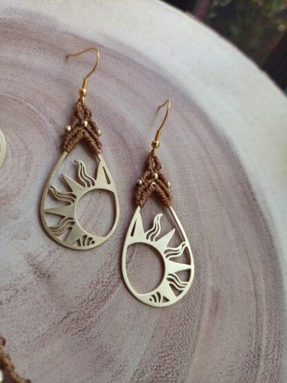 shiny, macrame earrings in brass metal design, artisan jewelry, original, handmade