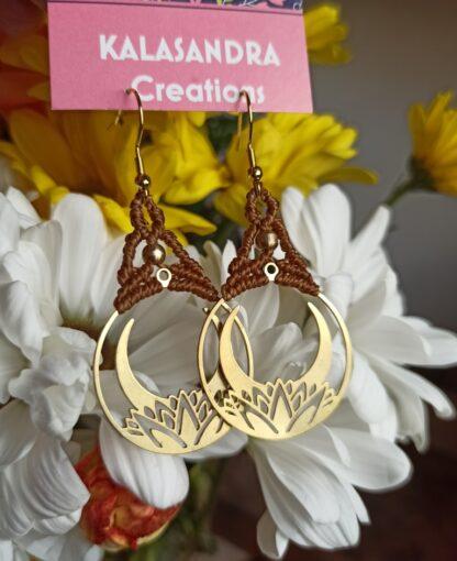 round macrame earrings in brass metal design. Handmade. Brass earrings. Artisan jewelry. Boho earrings. elegant